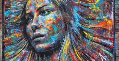 graffitis-de-mujeres-mujer-en-colores